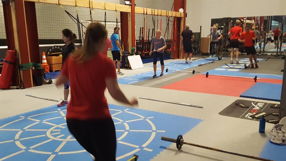 training force, coach in box, nicolas delepch